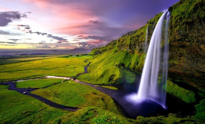 10 viajes que deberías hacer una vez en la vida - ISLANDIA